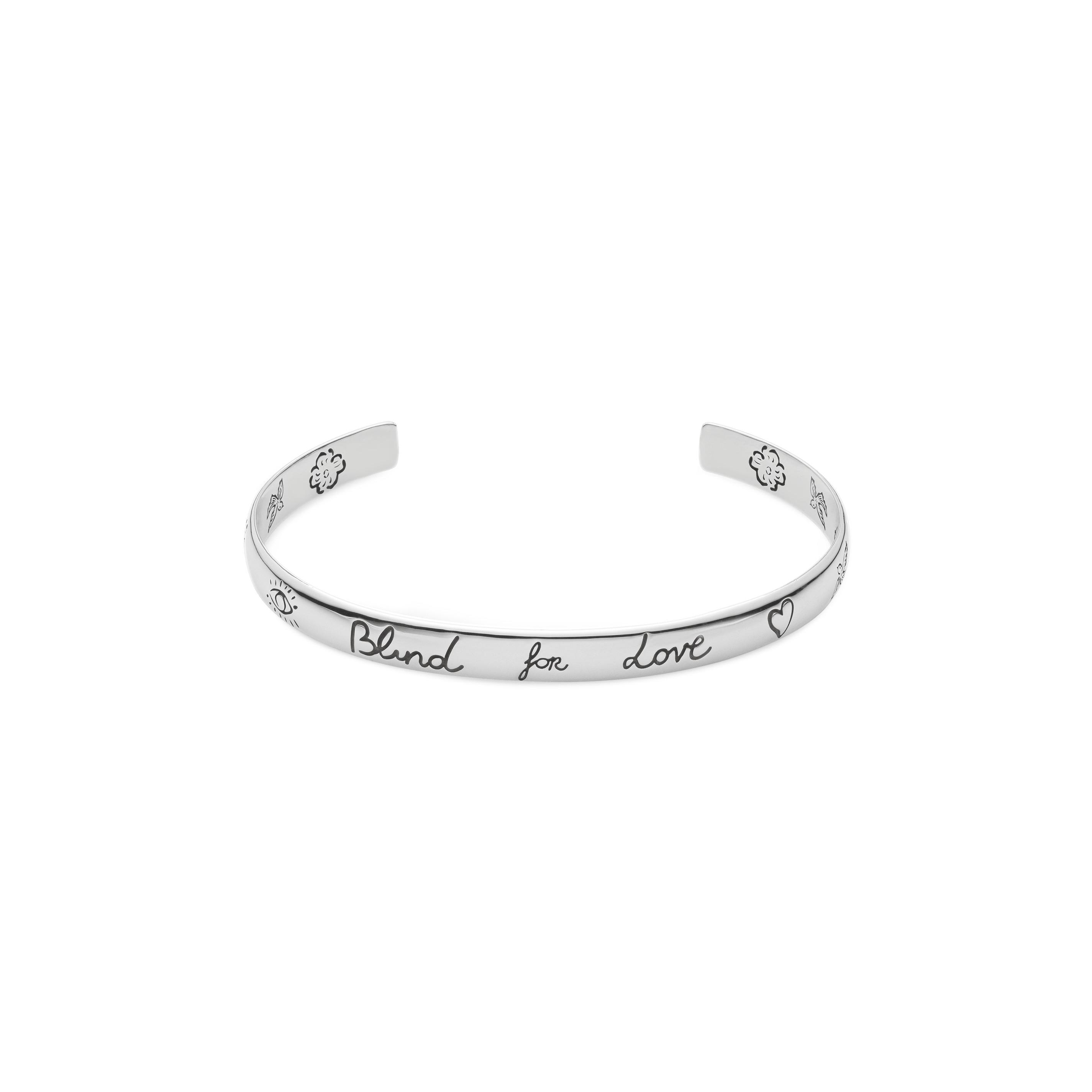 b3fa27ac33 Home / Gioielli / Bracciali / Gucci bracciale blind for love in argento