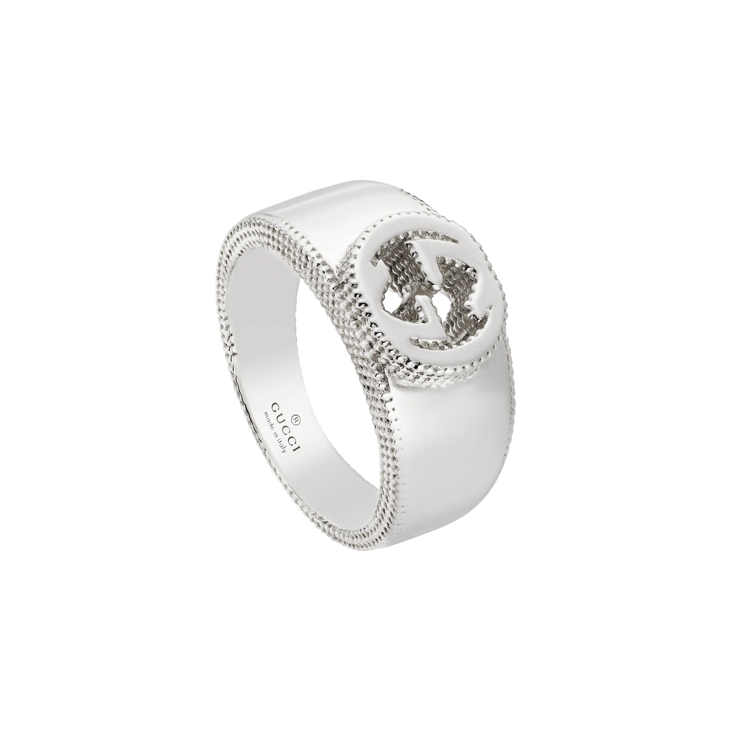 f15d5a6099 Home / Gioielli / Anelli / Gucci anello Interlocking GG in argento ...